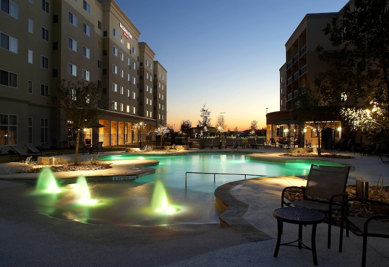 Residence Inn by Marriott San Antonio Six Flags at The Rim, San Antonio