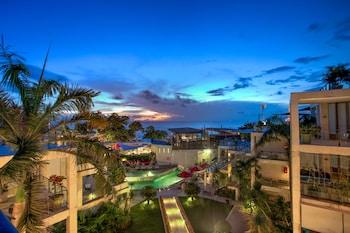 バリ島、フラマ エクスクルーシブ オーシャン ビーチ スミニャック バリの写真