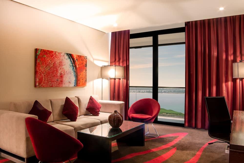 Люкс, балкон (Sea & Golf View) - Гостиная