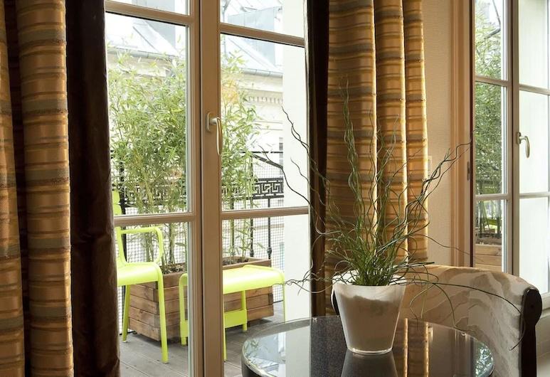 小巴黎酒店, 巴黎, 三人房, 客房景觀