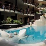 Částečně krytý bazén