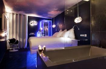 Foto van Seven Hotel Paris in Parijs