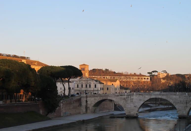 Guest House Arco dei Tolomei, Rom, Udendørsareal