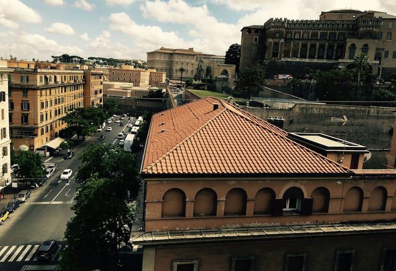 Saint Peter Inn, Roma, Otelden görünüm