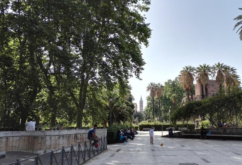 메라빌리아  타운하우스, 로마, 정원