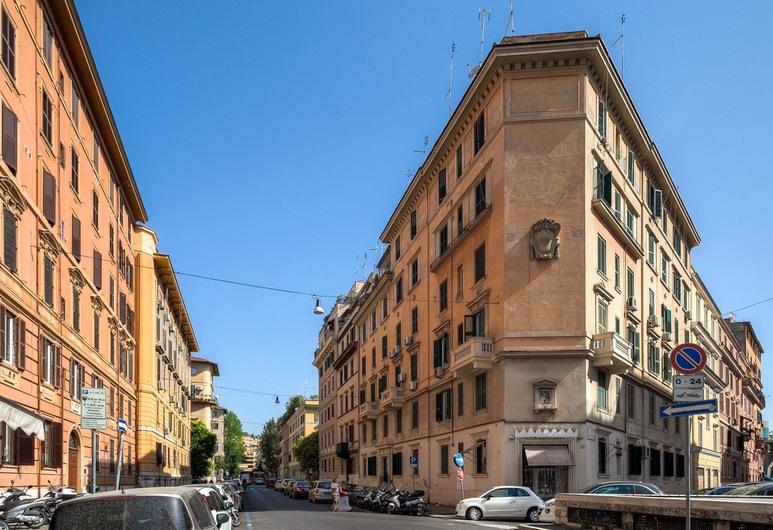 Mocenigo Vatican Suites, Rome, Double Room, Balcony View