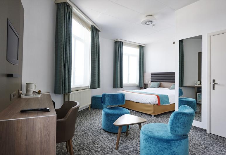 Grand Hôtel de Flandre, Namur, Deluxe Double Room, Guest Room
