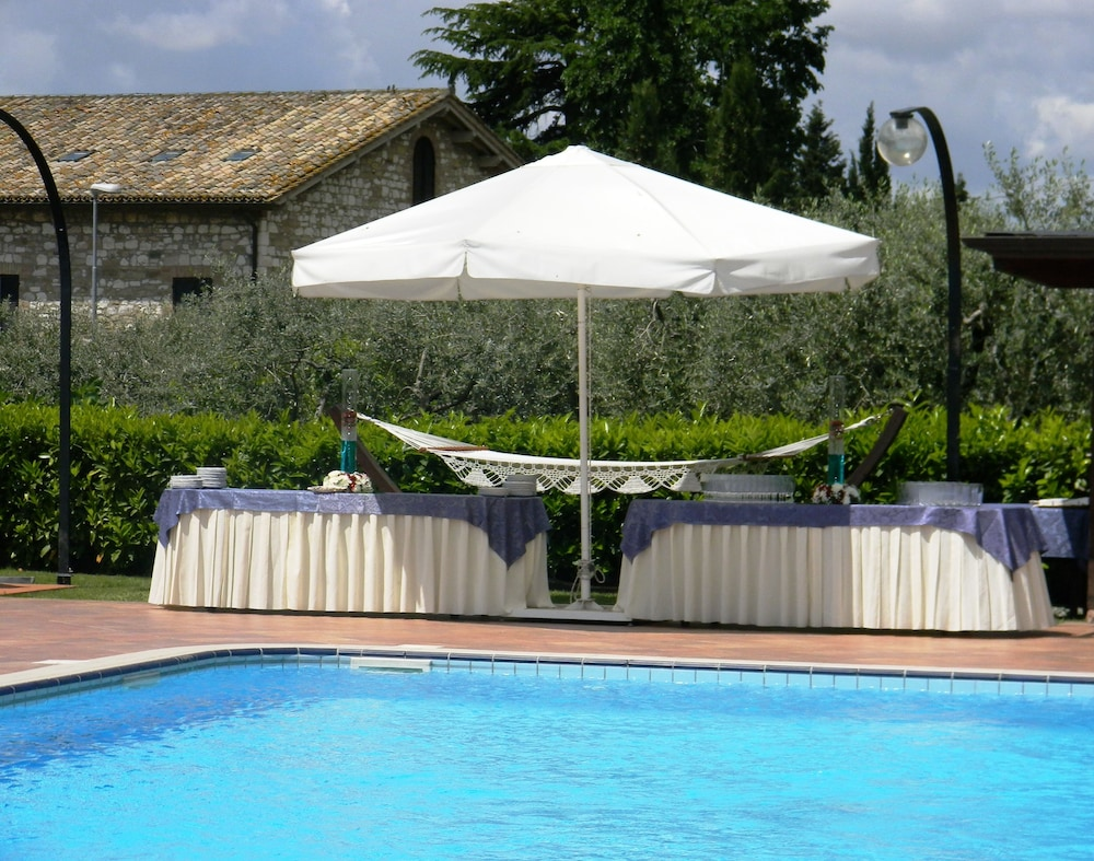 Book Hotel Ristorante La Terrazza in Assisi | Hotels.com