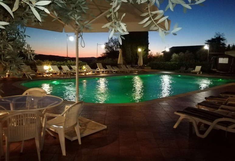 Hotel Ristorante La Terrazza, Assisi, Sundlaug