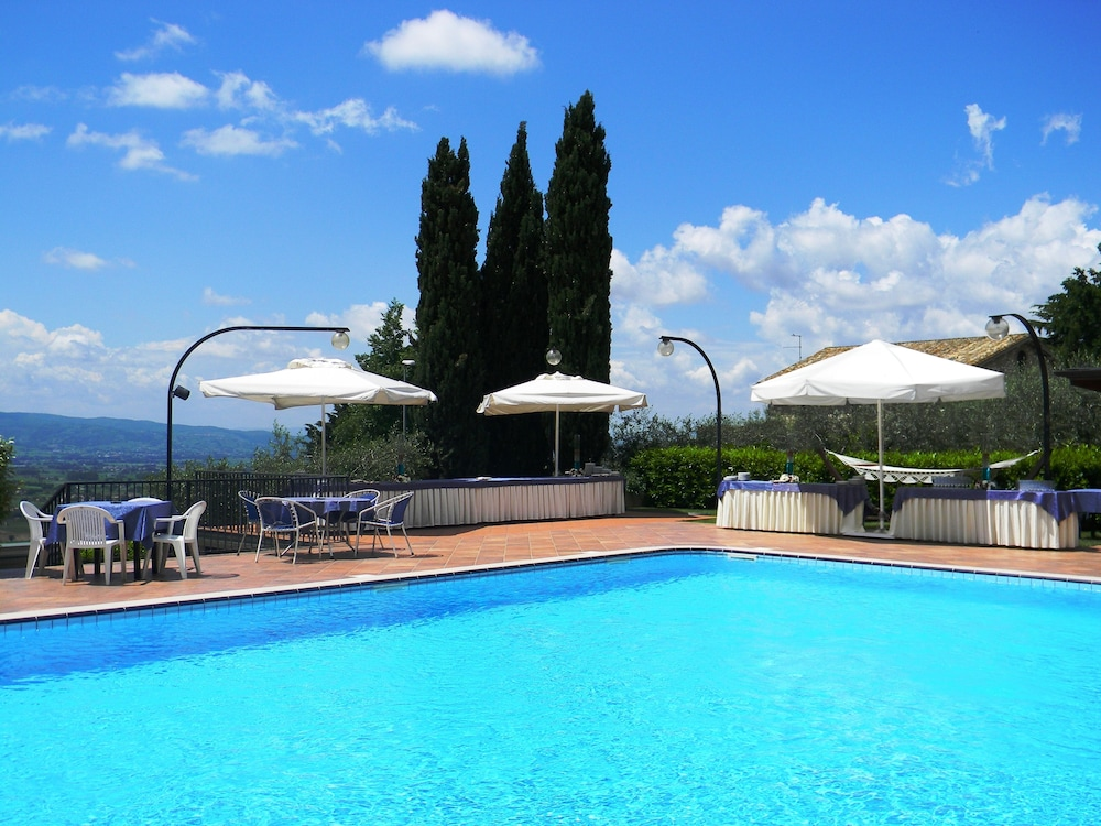 Hotel Ristorante La Terrazza in Assisi - Hotels.com