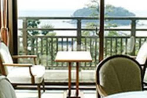 โรงแรมกามะโกริ
