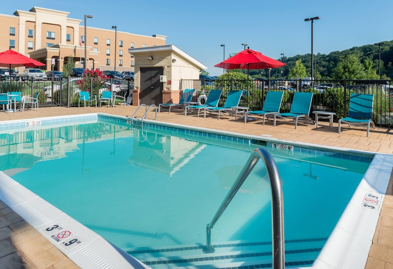 TownePlace Suites by Marriott Huntington, Huntington, Außenpool