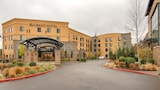 Choose This Business Hotel in Tigard -  - Online Room Reservations