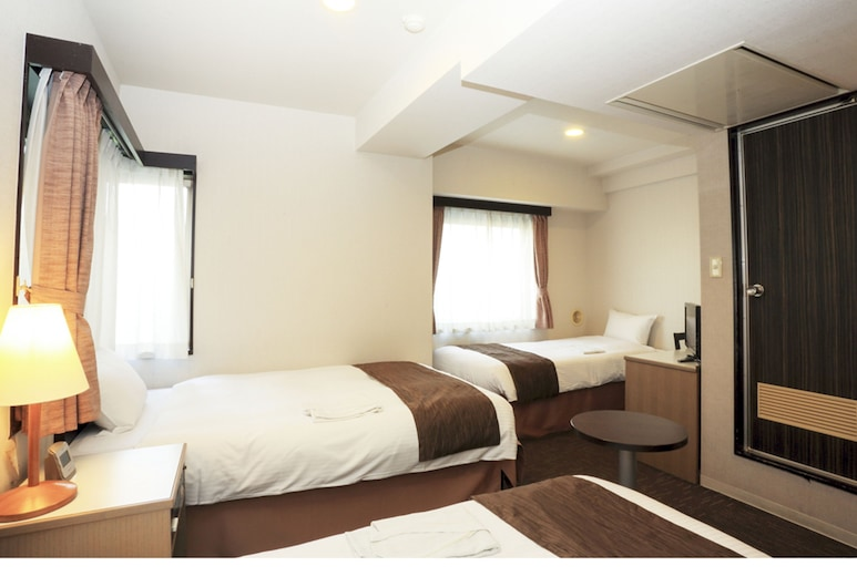 Smile Hotel Asakusa, Tokyo, 2 Single Beds + 1 Extra Bed, Guest Room