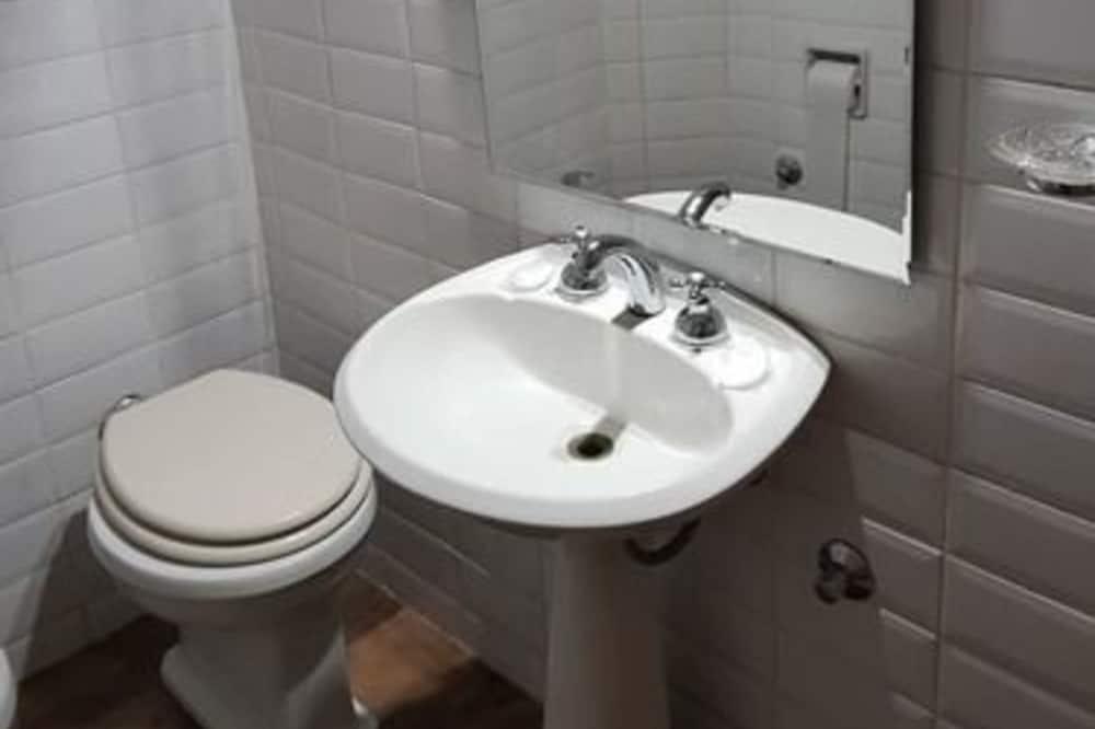 Pokój dla 2 osób standardowy - Łazienka