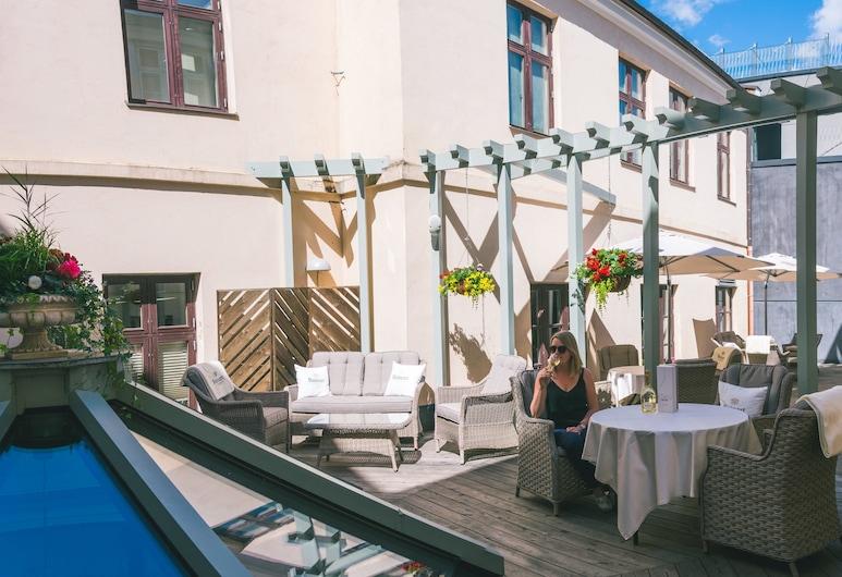Hotel Antonius, Tartto, Terassi/patio