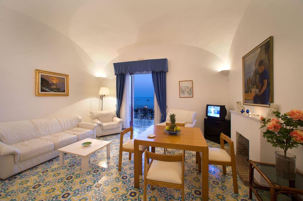 Căn hộ, 1 phòng ngủ, Quang cảnh biển - Phòng khách