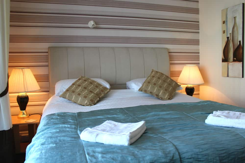 Superior Double Room, 1 King Bed - Guest Room