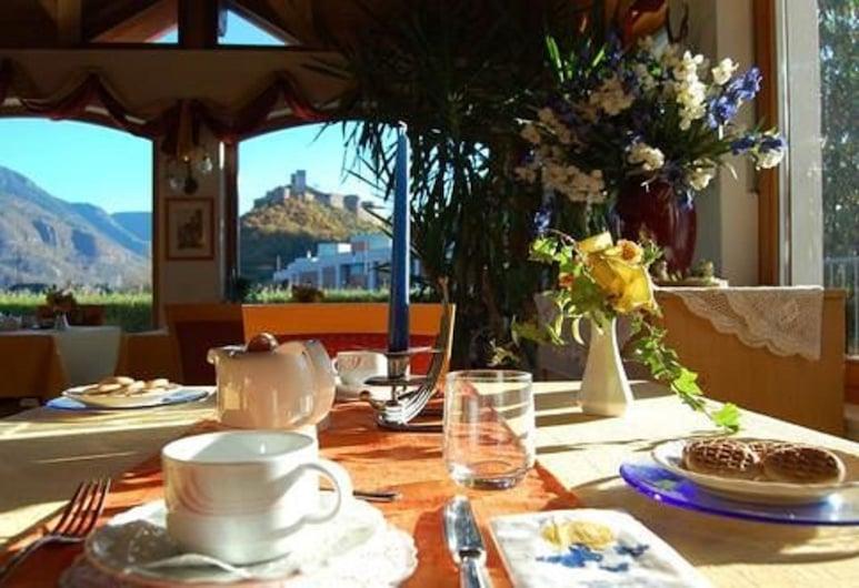 Gardenhotel Premstaller, Bolzano, Salle de petit-déjeuner