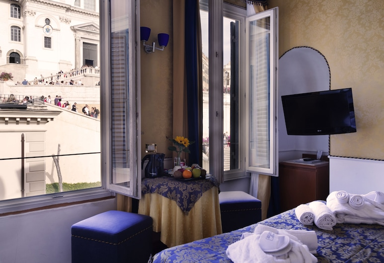 iH Hotels Piazza di Spagna View - Luxury Guest House, Rome, Superior Double Room, Guest Room