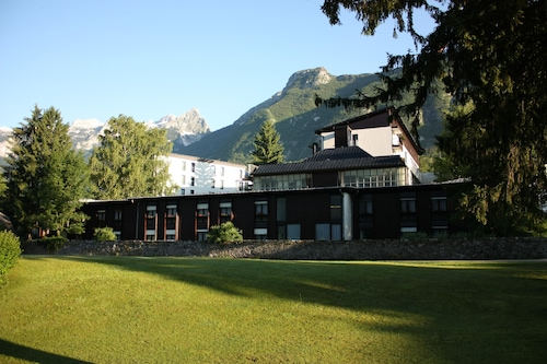 阿爾卑斯山飯店/