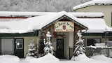 Choose this Motel in Mont-Tremblant - Online Room Reservations