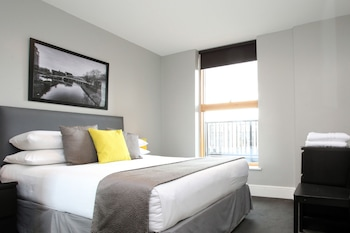 Picture of City Warehouse Aparthotel Manchester in Manchester