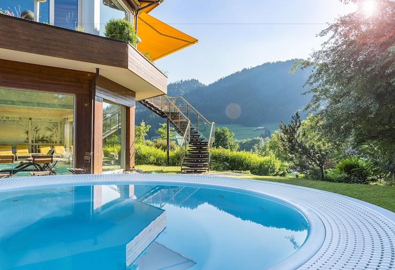 Alpenhotel Oberstdorf – ein Rovell Hotel, Oberstdorf, Piscina al aire libre