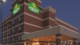 Book this Free Breakfast Hotel in Edmond