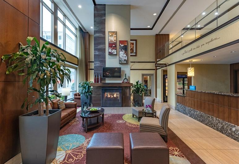 Hilton Garden Inn Bethesda, Bethesda, Lobby Sitting Area