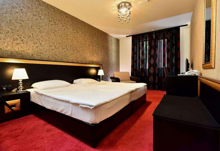 Hotel Elegance, Stara Zagora, Dubbelrum, Gästrum