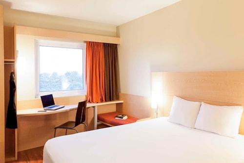 Ibis Aguascalientes Norte Aguascalientes Mexico Aguascalientes Hotel Discounts Hotels Com