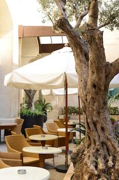 ภาพ Coral Beirut Al Hamra Hotel ใน เบรุต