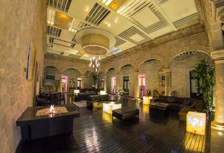 Cantera Diez Hotel Boutique, Morelia, Lobby