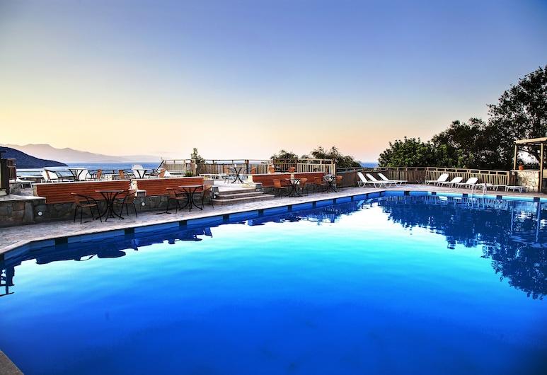 埃爾必達酒店, 阿吉歐斯尼古拉斯, 室外泳池