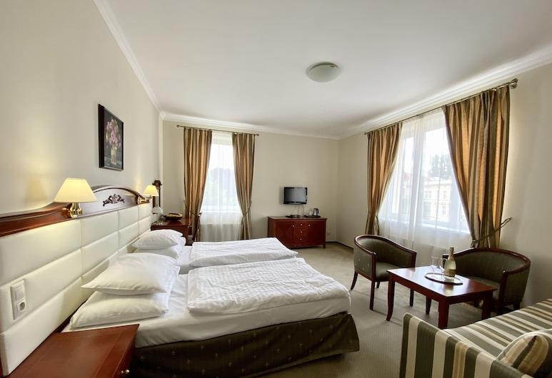 جيوفاني جياكومو, تبليسي, غرفة سوبريور لفردين, غرفة نزلاء