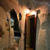 Junior Room Cave - ห้องนั่งเล่น