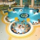 Iekštelpu baseins