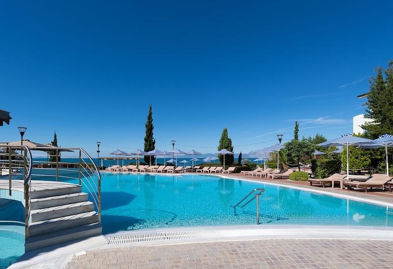 Poseidon Palace, Patras, Outdoor Pool