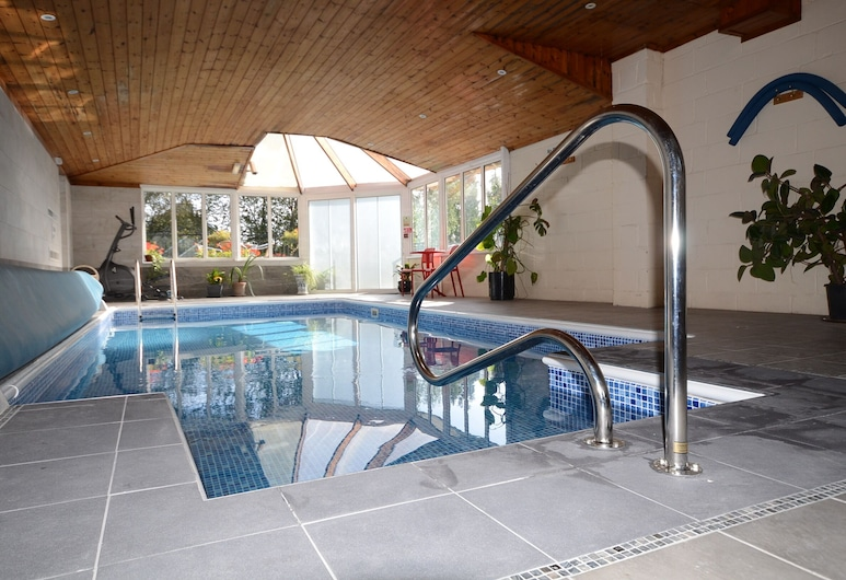 Southview Guest House and indoor pool, Windermere, Alberca cubierta