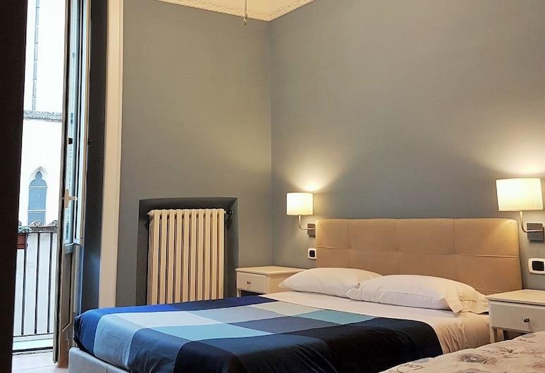 Hotel Meublè Santa Chiara Suite, Naples, Comfort Double Room, Guest Room