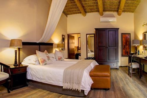 Book Garden Route Game Lodge In Albertinia Hotels Com
