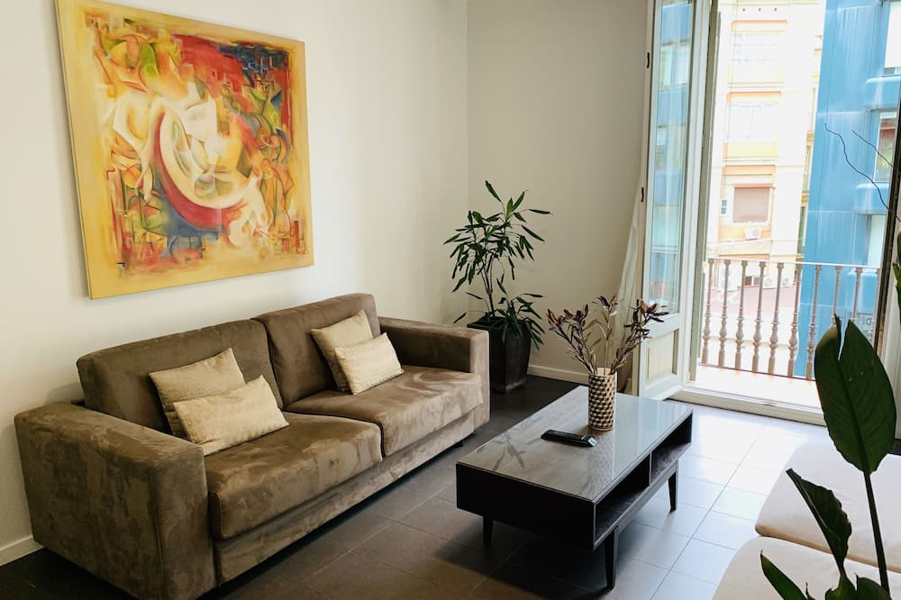 Apartment, 4 Bedrooms (For 10 People) - Living Room
