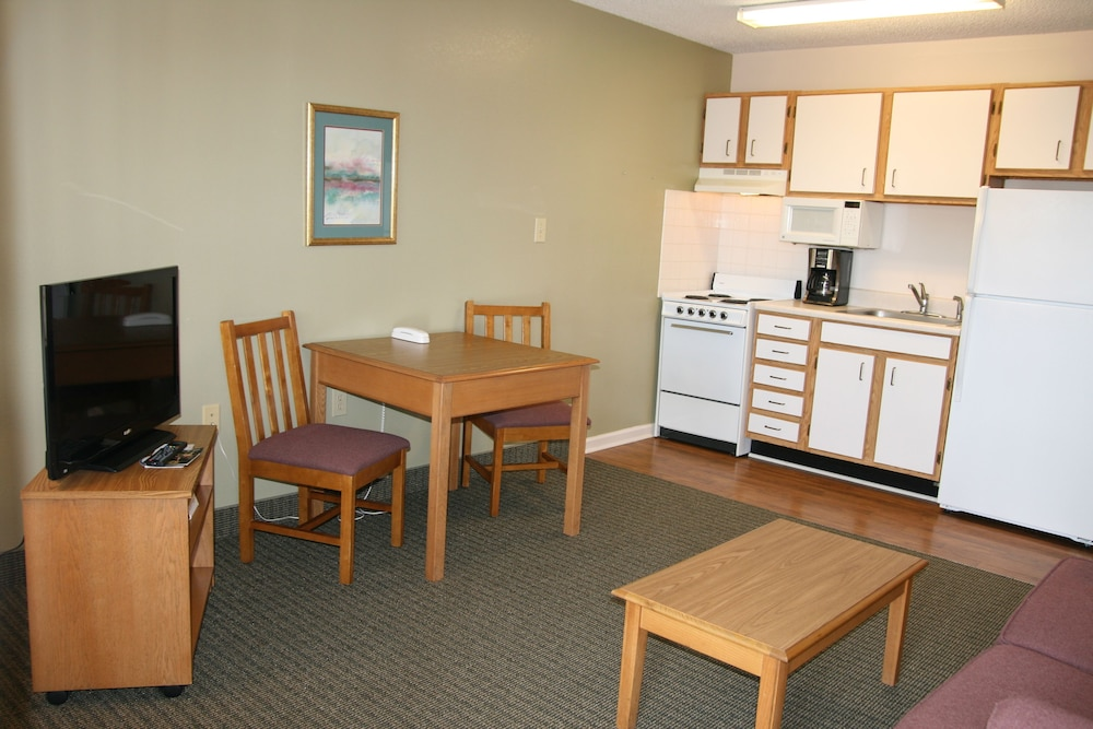 Affordable Suites Sumter SC, Sumter