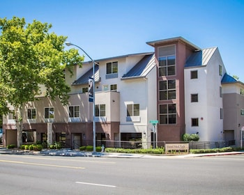Picture of Hotel Med Park, an Ascend Hotel Collection Member in Sacramento