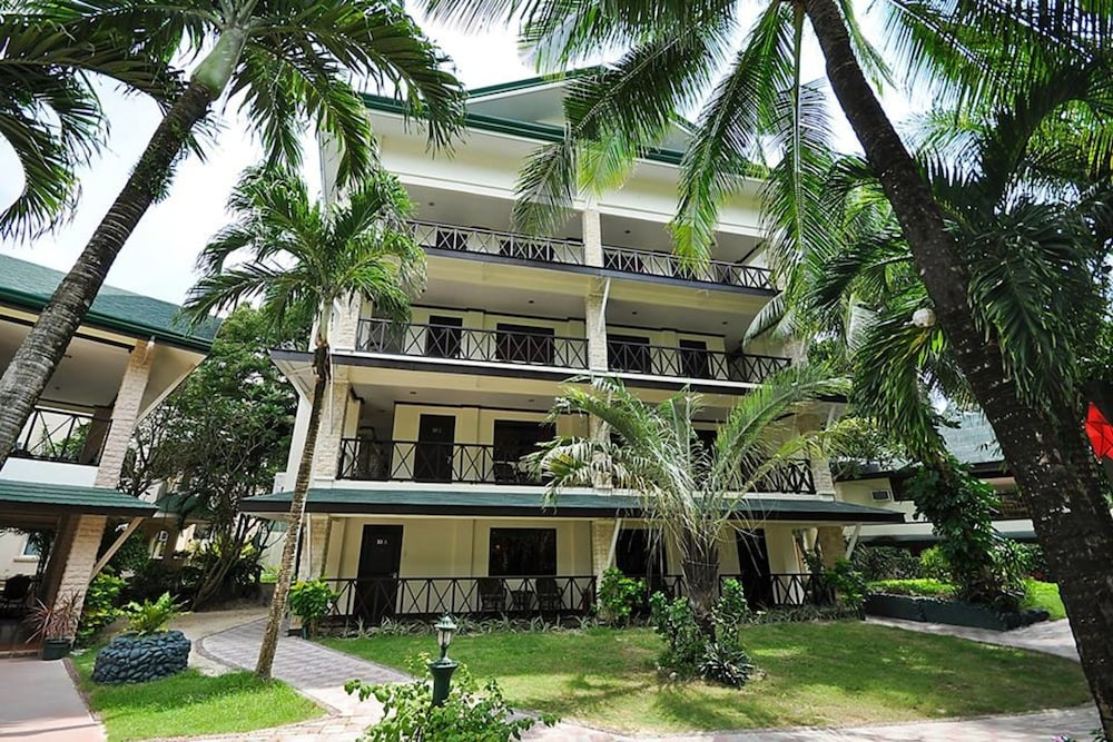 Paradise Garden Resort Hotel & Convention Center, Boracay Island