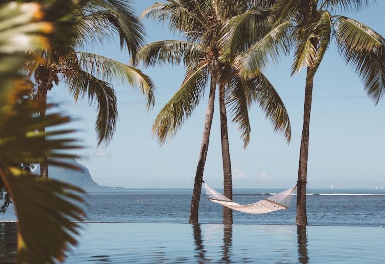 Maradiva Villas Resort & Spa, Flic-en-Flac, Piscina Transbordante