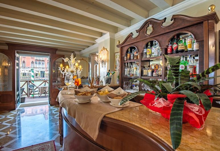 Hotel Canal Grande, Venice, Hotel Bar
