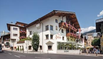 Picture of Hotel Zum Hirschen in Zell am See