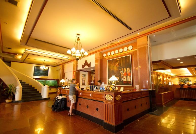 Ayothaya Hotel, Ayutthaya, Vastaanotto